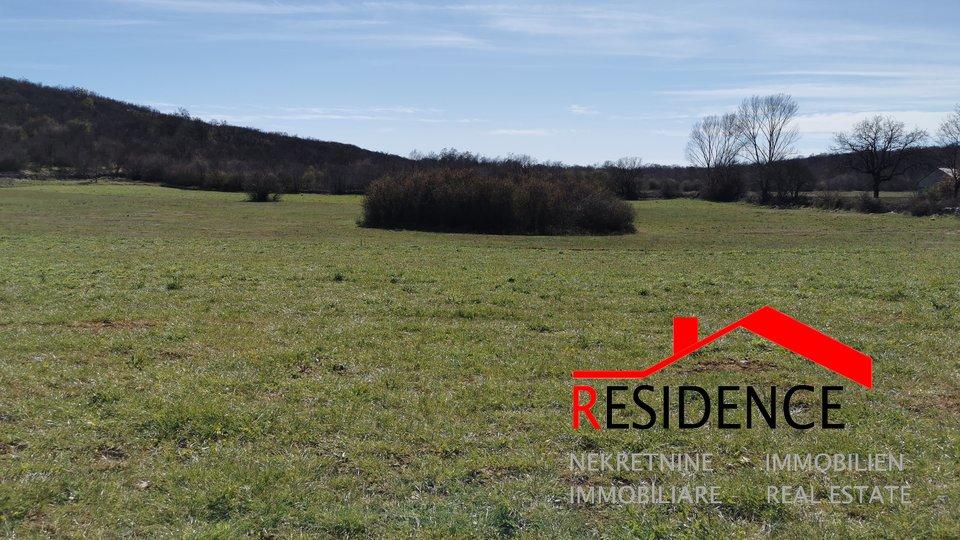 Grundstück, 31622 m2, Verkauf, Bale