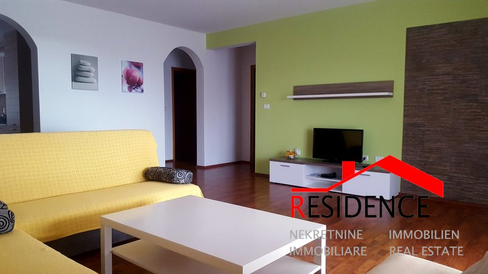 House, 560 m2, For Sale, Pula - Štinjan