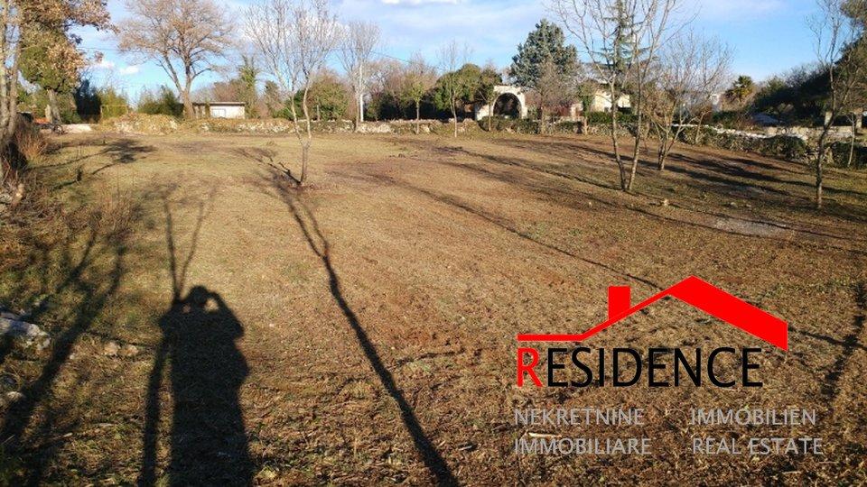 Land, 2057 m2, For Sale, Marčana