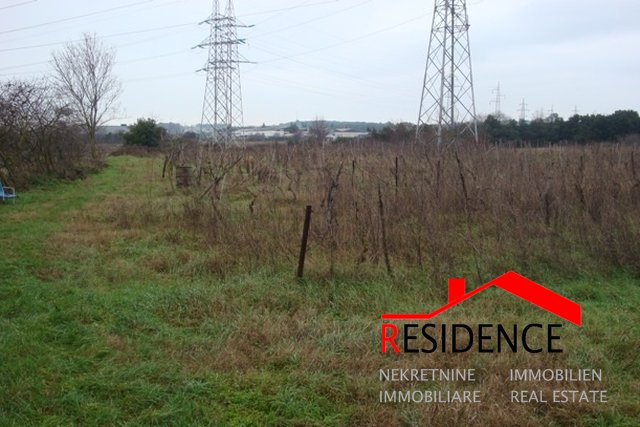 Land, 9600 m2, For Sale, Pula