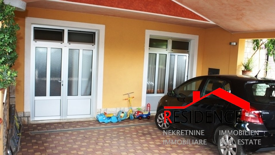 Beautiful detached house in Pula