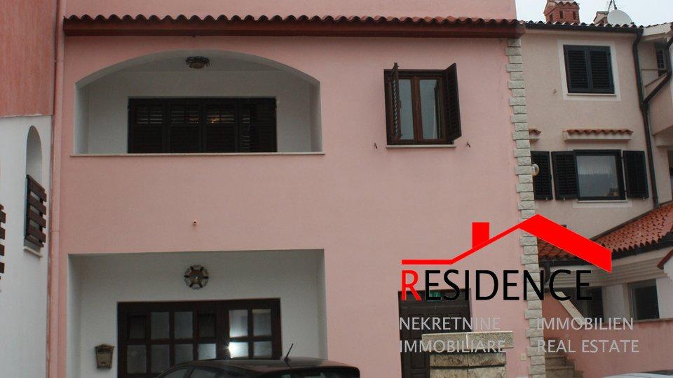 Veruda Porat, two houses on the same plot