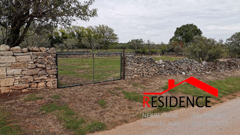 Land, 914 m2, For Sale, Medulin