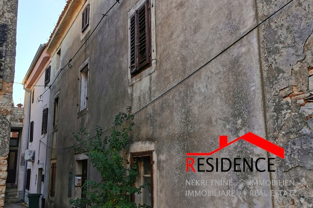 House, 200 m2, For Sale, Vodnjan
